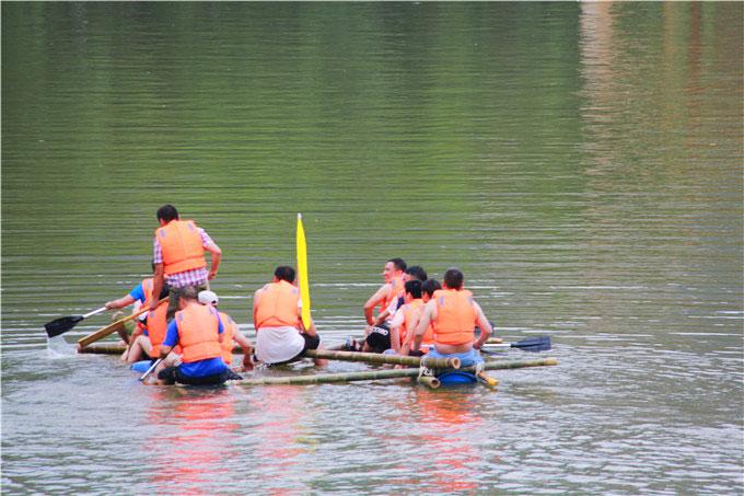 团队拓展-水上项目